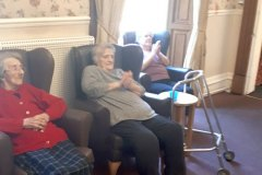 1-clapping-for-carers-chesteClapping for carers - care home in Chesterfieldrfield-care-home-8
