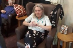 Clapping for carers - care home in Chesterfield