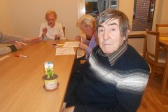 daffodil potting at Charnley House residential home Hyde