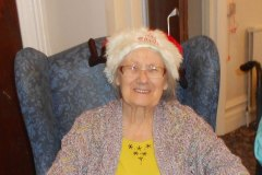 nursing-home-hyde-christmas-4