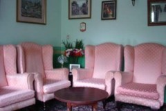 charnley-house-nursing-care-home-hyde-the-lounge