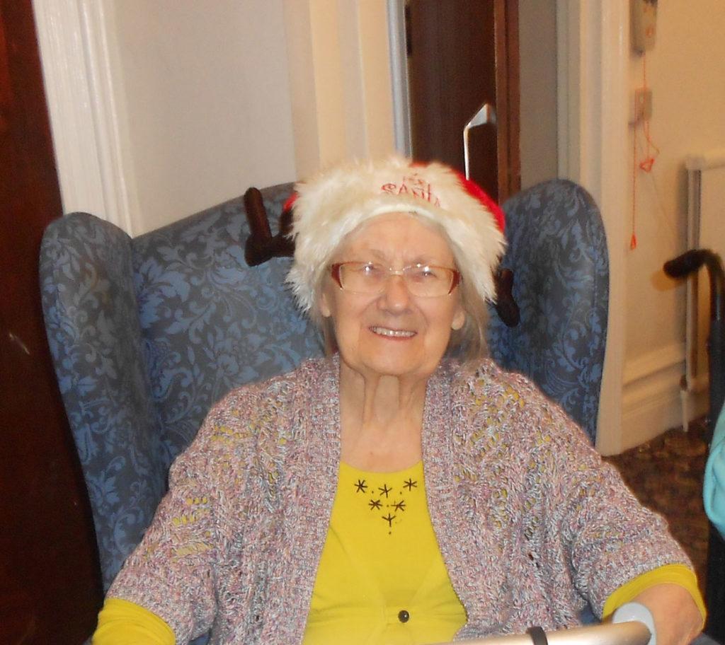 nursing home Hyde Christmas